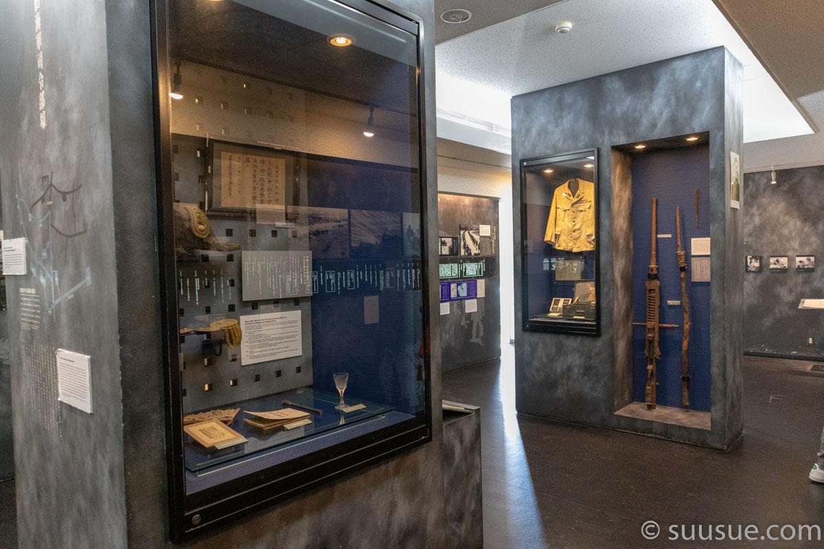 旧海軍司令部壕展示室武器や装備など