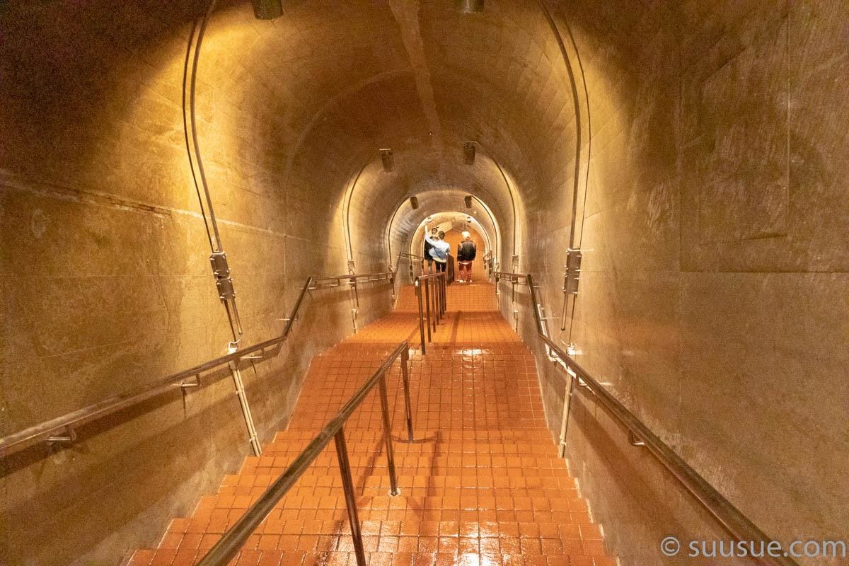 玉泉洞 入口 階段